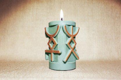 Руническая колонна «Зеленая Свеча на деньги»