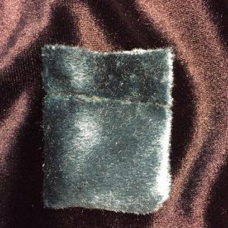 Зеленый магический амулет-кисет